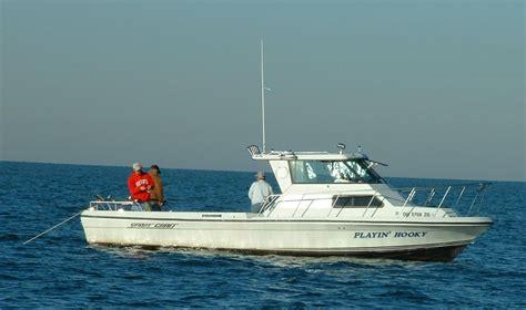Lake Erie Charter Boats by Playin Hooky Charters Lake Erie Fishing Charter Fishing In