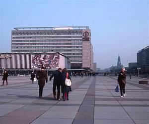 Großenhainer Straße Dresden : dresden prager strasse at ground level march 1984 flickr ~ A.2002-acura-tl-radio.info Haus und Dekorationen