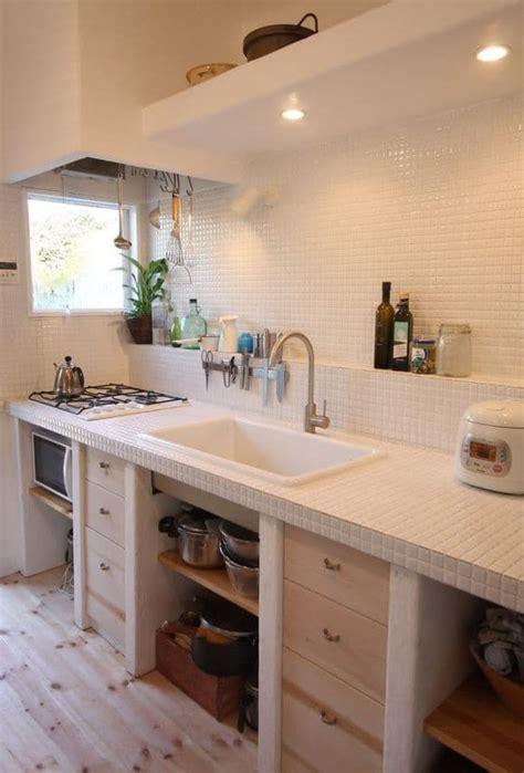 lo que debes llevar a cocinas blancas rusticas inspírate con estas cocinas rústicas de obra estreno casa