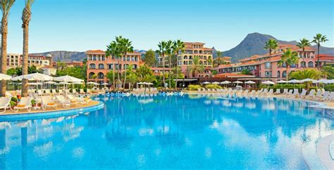 chambre d hotel a theme vacances iles canaries les pieds dans l 39 eau