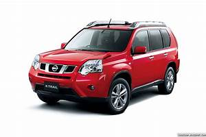 Nissan X Trail Versions : 2011 nissan x trail suv facelift breaks cover in japan ~ Dallasstarsshop.com Idées de Décoration