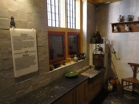 amsterdam museums willet holthuysen anne frank huis