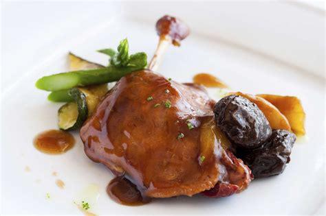 recette de canapé recette des magrets de canard aux pruneaux pratique fr