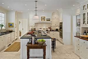 Crisp Architects - Farmhouse - Kitchen - New York - by