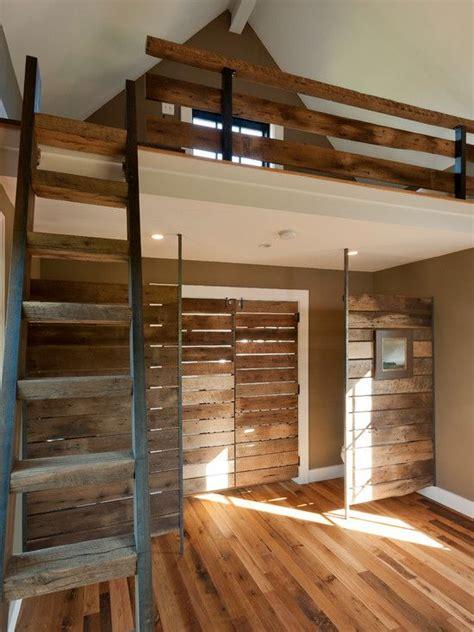 floor  ceiling room divider pole floor  empty