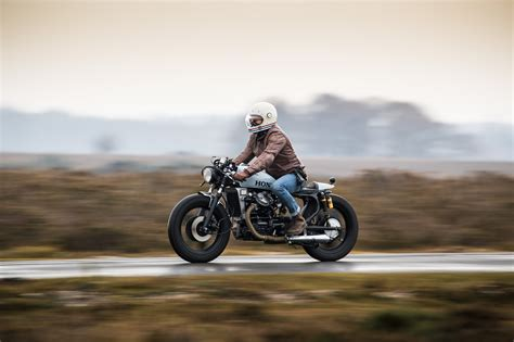 flat out magazine 161209 flat out mag honda cx500 cafe racer 006 flat out magazine