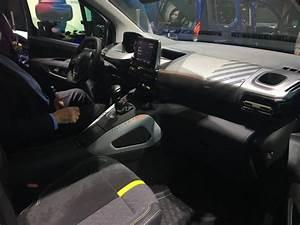 Peugeot Rifter Interieur : peugeot rifter 4x4 concept pour l 39 exemple vid o en ~ Dallasstarsshop.com Idées de Décoration