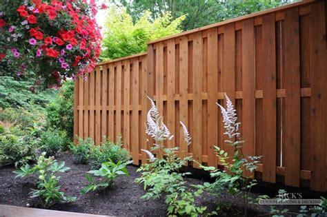 inspired  wood fence ideas   modern design