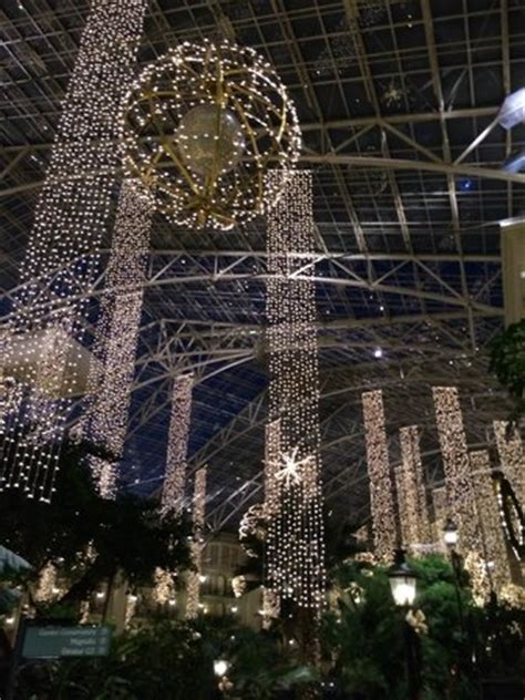 lights picture of gaylord opryland resort
