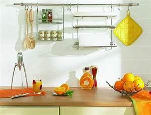 7 idees deco pour personnaliser une cuisine trouver des With idee deco cuisine avec objet deco en verre