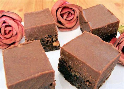 une jatte en cuisine gâteau à la mousse au chocolat choumicha cuisine