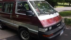 1986 Toyota Van - Pictures