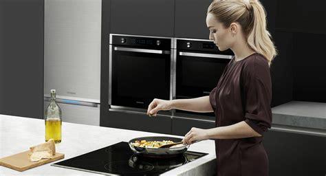 pose d une hotte de cuisine appareils de cuisson l 39 innovation au sein de votre