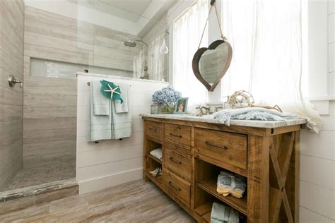 rustic cottage decor bathroom style with