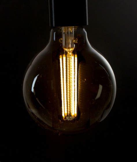 led filament bulb large globe smoked e27