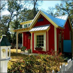 The Little Red Bungalow: Beautiful Tiny Cottage – Tiny