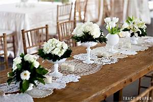 La fleur vintage lace doily table runners from ruffled blog for Wedding decorations table runners