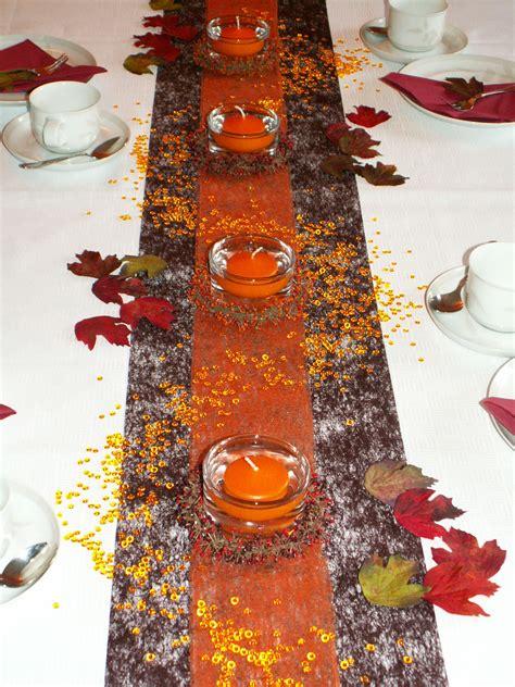 Herbstliche Dekorationen Für Den Tisch tischdeko herbst herbstliche tischdekorationen