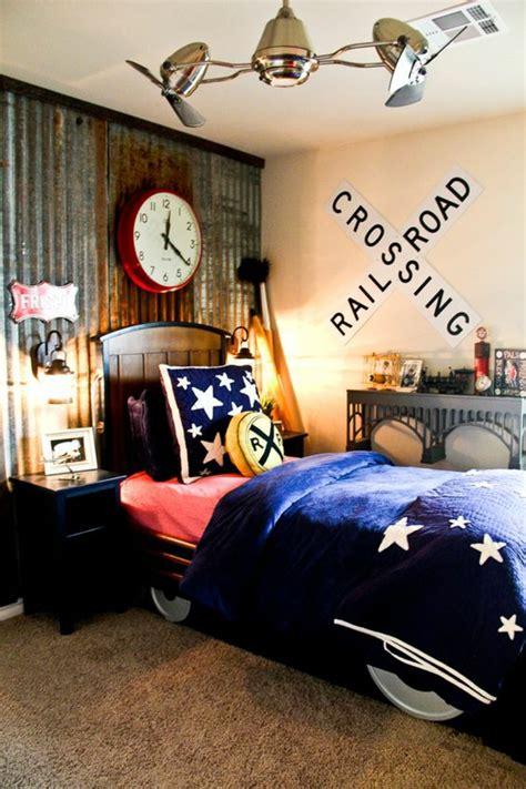 style chambre ado chambre d ado garon lit en forme de theme
