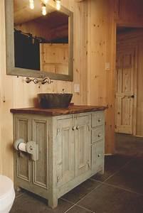 Idée Meuble Salle De Bain : id e d coration salle de bain meubles lavabo en bois de grange julie houde audet photographe ~ Teatrodelosmanantiales.com Idées de Décoration