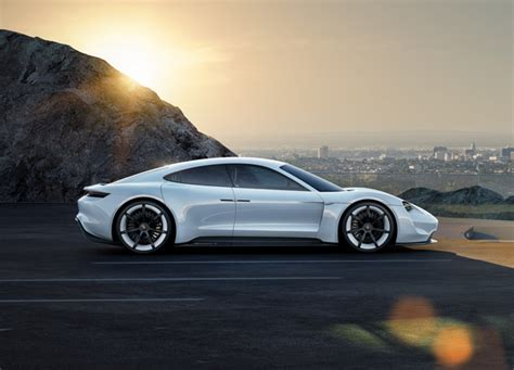 Porsche Says No To Driverless Cars