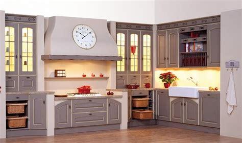 ranger bureau cuisine avec vitrines photo 6 10 de belles vitrines