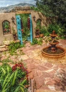 Innenhof Spanischer Häuser : new mexican courtyard love the flagstone iramaia vinhas pinterest garten haus und ~ Udekor.club Haus und Dekorationen