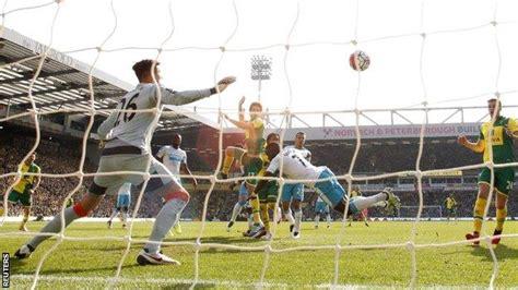 Norwich City 3-2 Newcastle United - BBC Sport