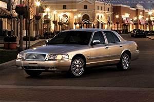 Mercury Grand Marquis Sedan Models  Price  Specs  Reviews