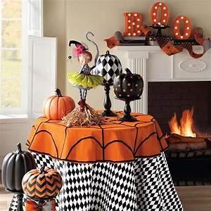 Decoration Halloween Maison : d co halloween afin de se plonger dans l ambiance de cette f te si particuli re design feria ~ Voncanada.com Idées de Décoration