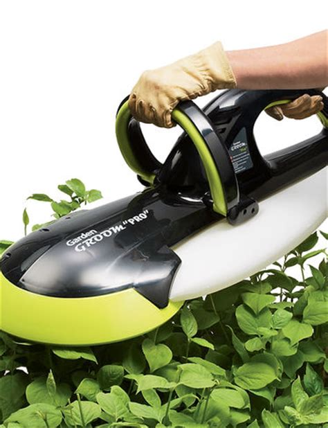 garden groom pro hedge trimmers buy from gardener s supply