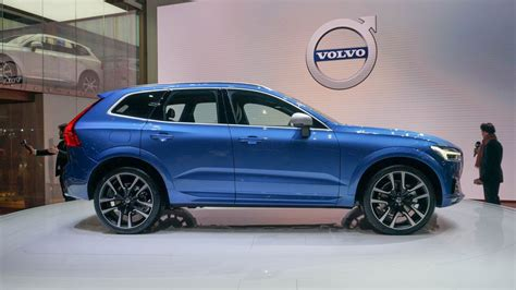 2018 Volvo Xc60 Takes Everything Good About Xc90 And