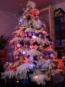 Weihnachtsbaum Kuenstlich Wie Echt : k nstlicher weihnachtsbaum in sch n ~ Michelbontemps.com Haus und Dekorationen
