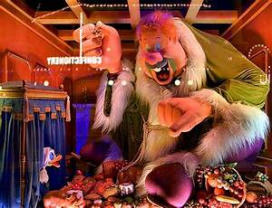 When Do the Walt Disney World Christmas Decorations Go Up?