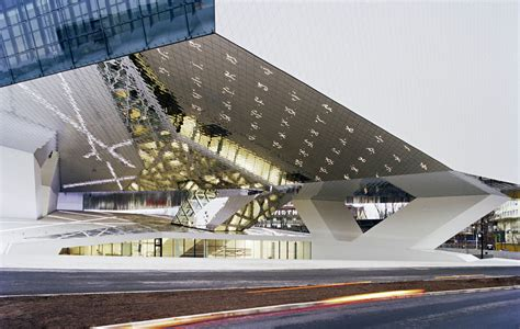 Stuttgart Design Möbel by Porsche Museum Parisworkingforart