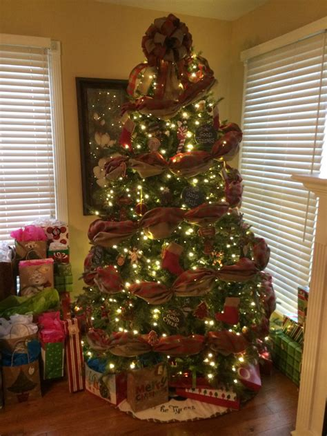 christmas trees decorated with burlap furniture ideas