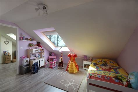 chambres combles d 233 coration chambre a 28 images idee peinture