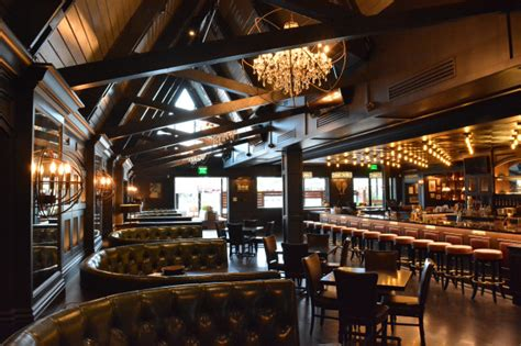 retail restaurant roundup adults  country club opens