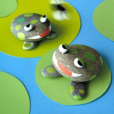 twenty frog crafts  leap year  create