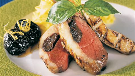 cuisine magret de canard magrets de canard aux pruneaux recettes cuisine et nutrition pratico pratique