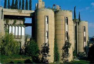 Spanish Architect Ricardo Bofill Transforms Old Cement