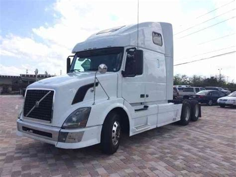 2009 volvo truck volvo 2009 sleeper semi trucks
