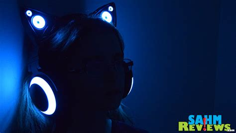 headphones with light up cat ears purr fectly functional fashion statement sahmreviews com