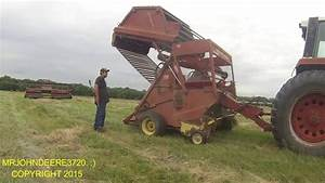 Pluged The New Holland 851 Round Baler