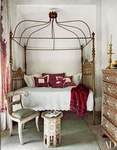 decorate    poster bed architectural digest