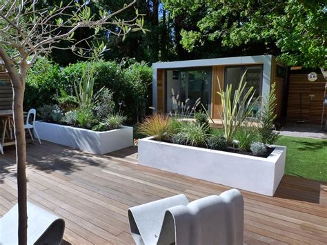small modern gardens contemporary garden design london modern home exteriors