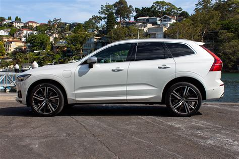 Volvo Xc60 Reviews 2018 by Volvo Xc60 Inscription 2018 Review Snapshot Carsguide