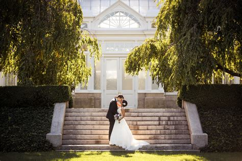eliot new york botanical gardens wedding