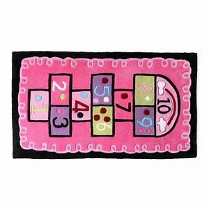 tapis rose pour chambre fille maison design bahbecom With tapis rose pour chambre fille