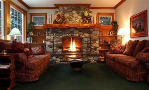 Cozy Living Room With Fireplace | decorating clear